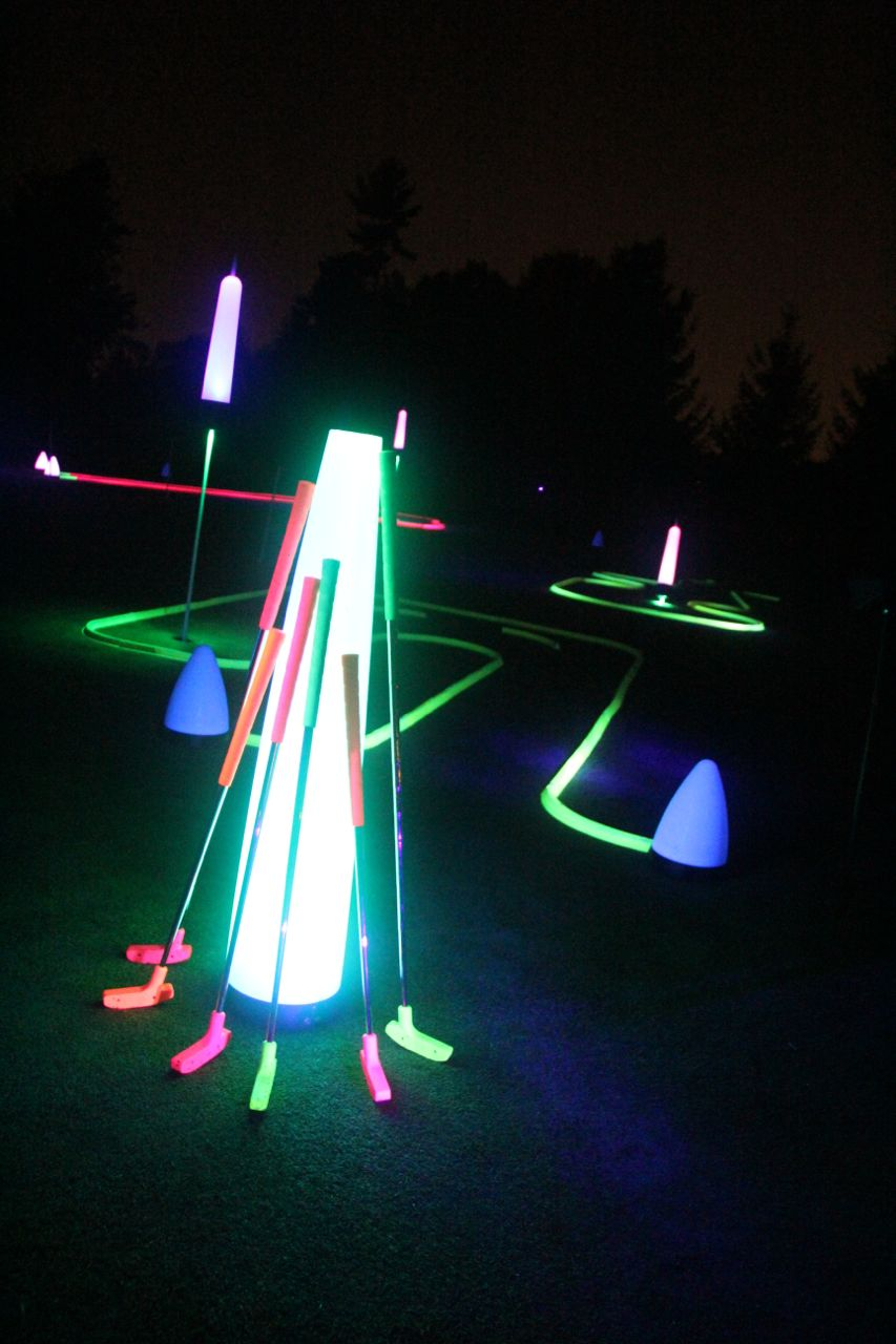 40″ UV GLOW BALL CHARGER – Tee Box Light 15