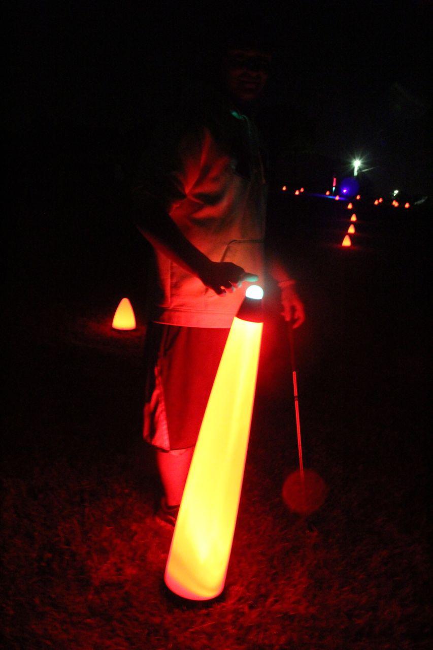 40″ UV GLOW BALL CHARGER – Tee Box Light 10