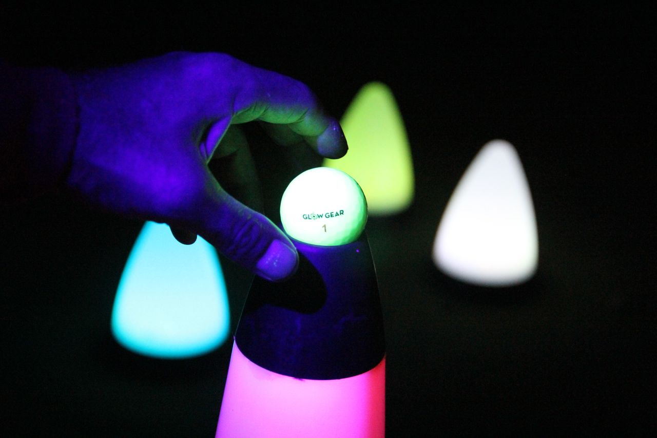 40″ UV GLOW BALL CHARGER – Tee Box Light 2
